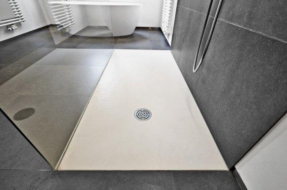 Pose de bac à douche à Dole